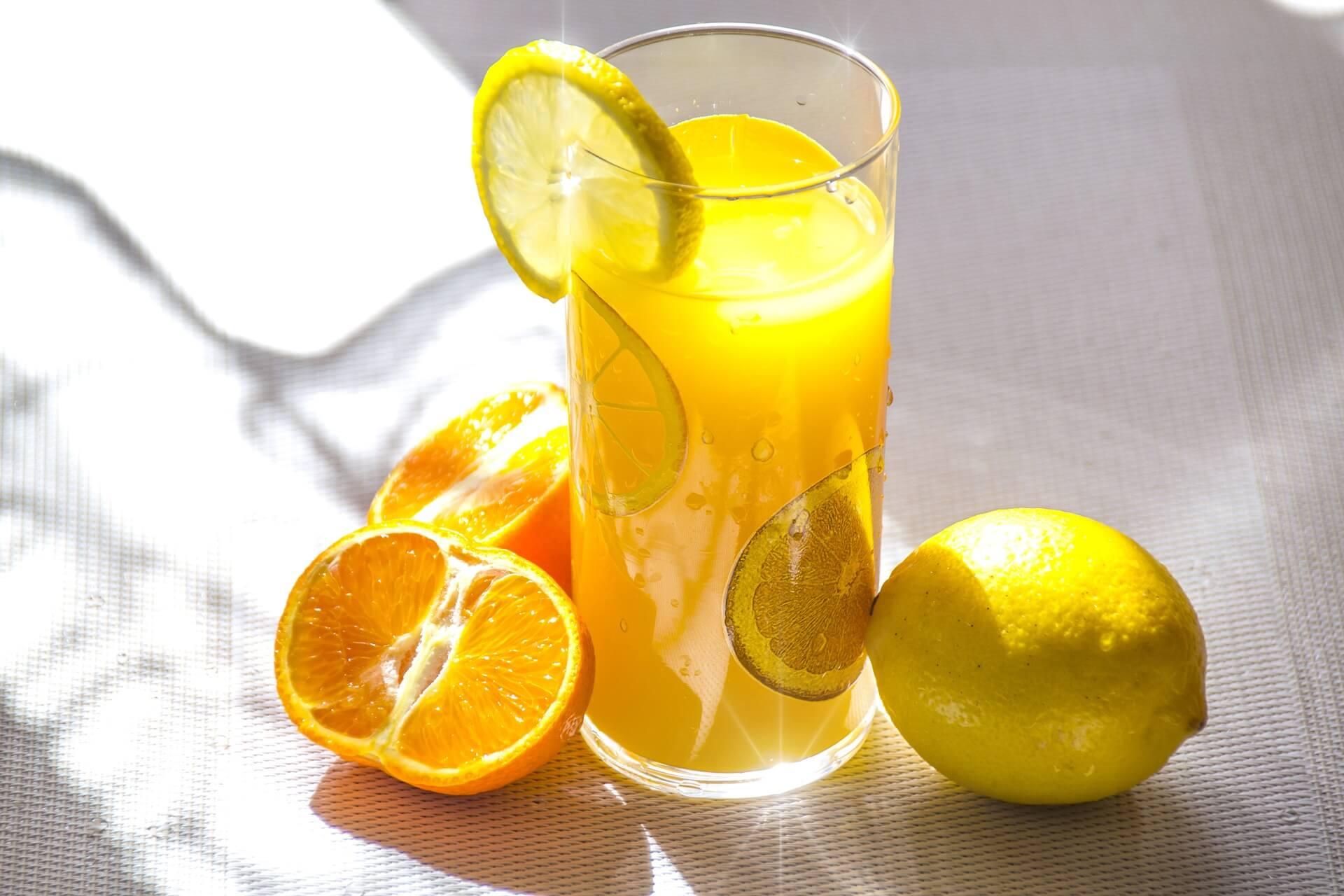 fruit-juice-1332072_1920(1)